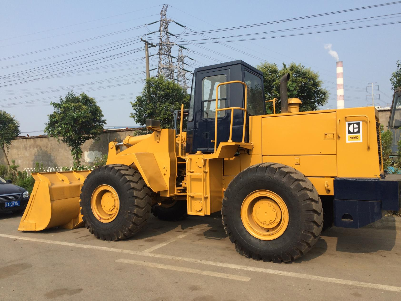 Used Caterpillar 966D Loader